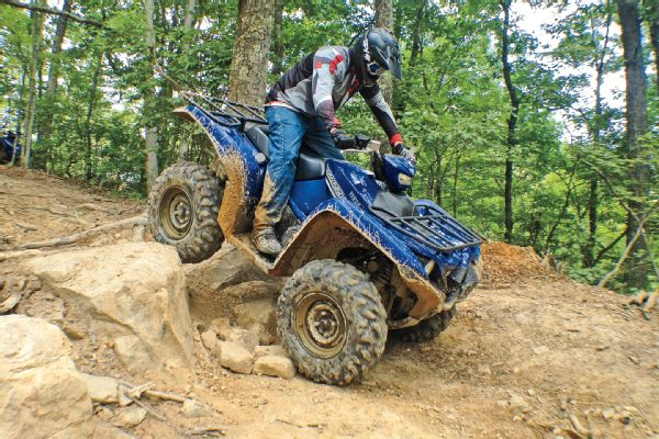 We test Yamaha's 2016 Grizzly and Kodiak 700 ATVs | Jungle Fender