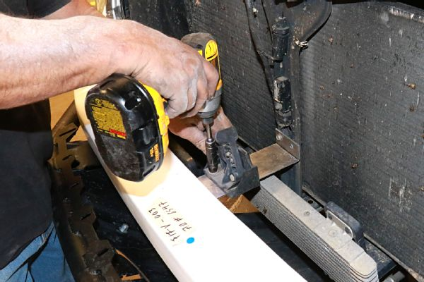Installing Fiberwerx Fiberglass Fenders And Bulging Out Rear Fenders