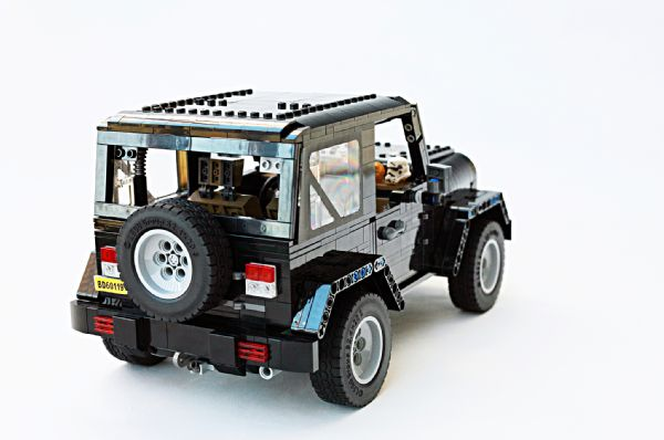 Show Your Support For This Awesome Lego Jeep Wrangler